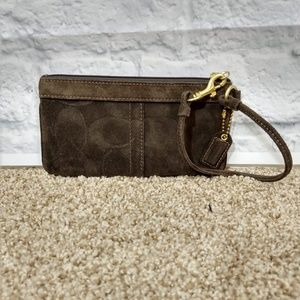 Coach | Suede Wristlet Pristine Condition